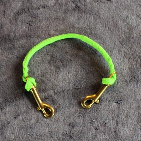 Neckline grün